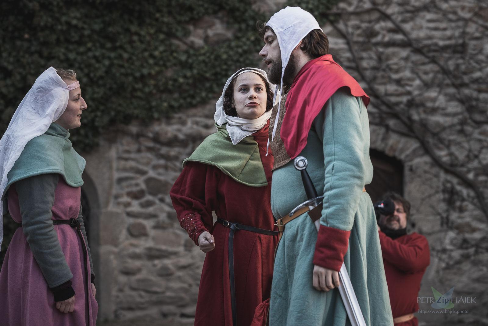 Good people larp, medieval larp, roleplay, living in medieval castle